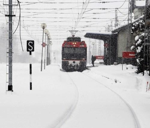 Estación de Reinosa con nieve