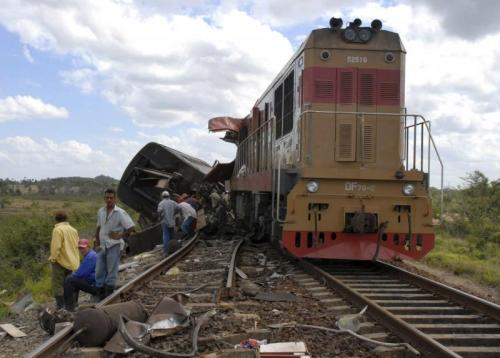 Cuba Train Crash (AP)