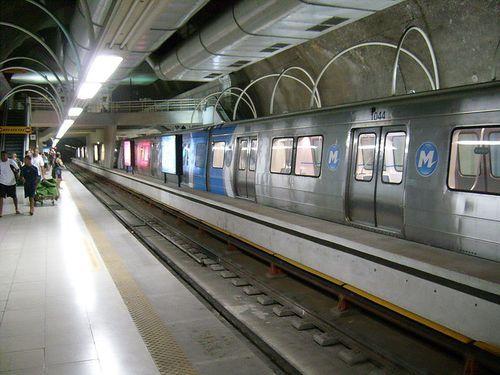 800px-Metrô_Cantagalo2
