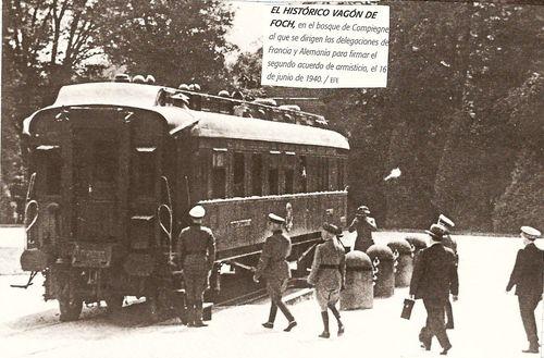 Resultado de imagen para Fotos entre Matthias Erzberger y el mariscal francés Ferdinand Foch firmando el armisticio