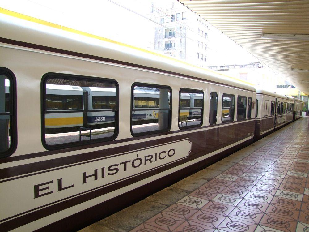 El tren hist rico de feve inicia este s bado desde for Horario de trenes feve