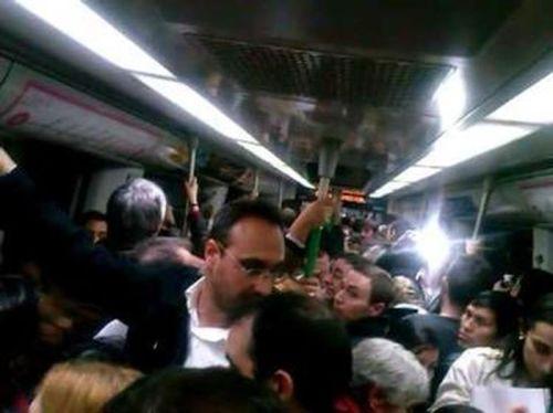 atrapados-en-el-metro-de-madrid-6an9sjAqpns
