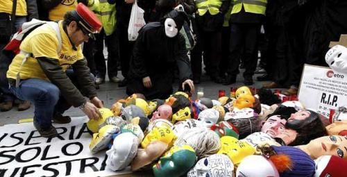 protesta-trabajadores-fgv-calles-valencia