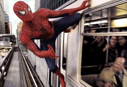 spiderman.segundo-fil-salva-el-metro-de-nueva-york