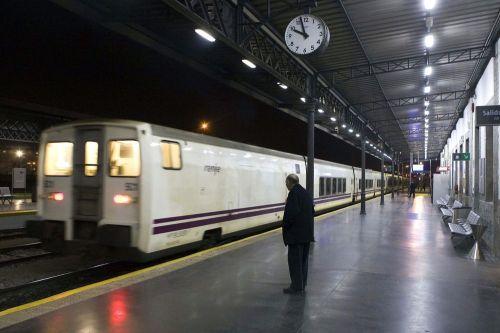 estación-del-ferrocarril-de-granada