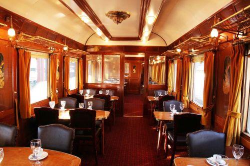 coches-prestigio-museo-ferrocarril-delicias