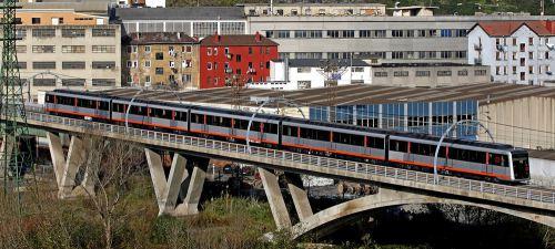 metro-bilbao-viaducto-basauri