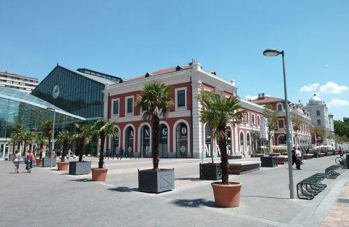 Estación_de_Príncipe_Pío_(Madrid)_01