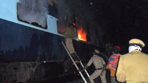 india-train-fire-Andhra Pradesh