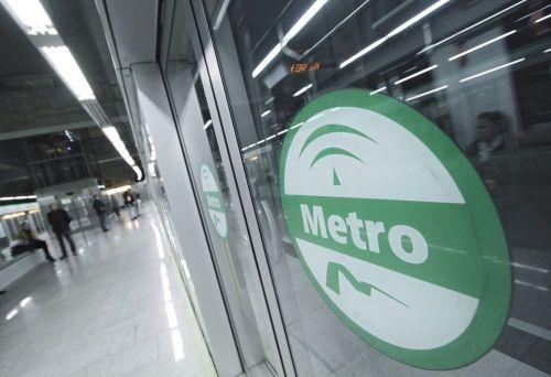 metro-sevilla-juan-flores