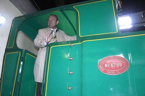 locomotora-penyacastillo-museo-santander