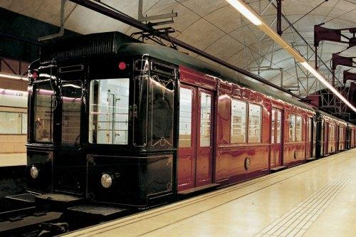tren- M1-M6-M8-primer-convoy-barcelona
