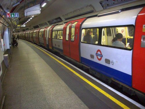 Tube_Azul_Londres