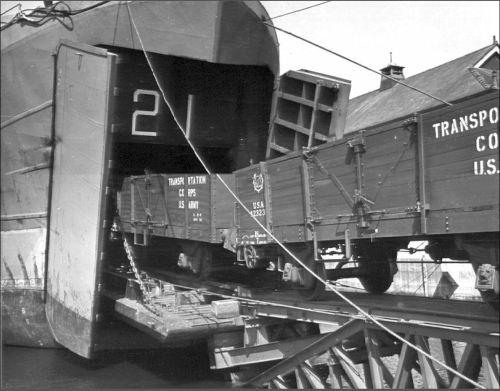 05.normandia-desembarco-trenes