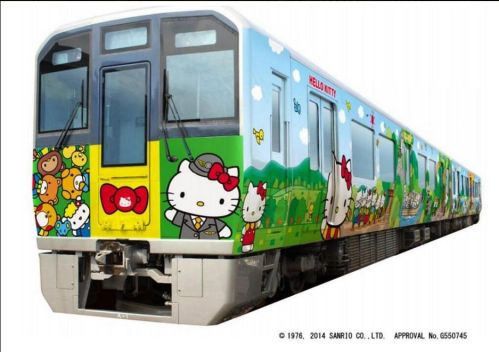 hello-kitty-train-wakayama-tourism-campaign-1