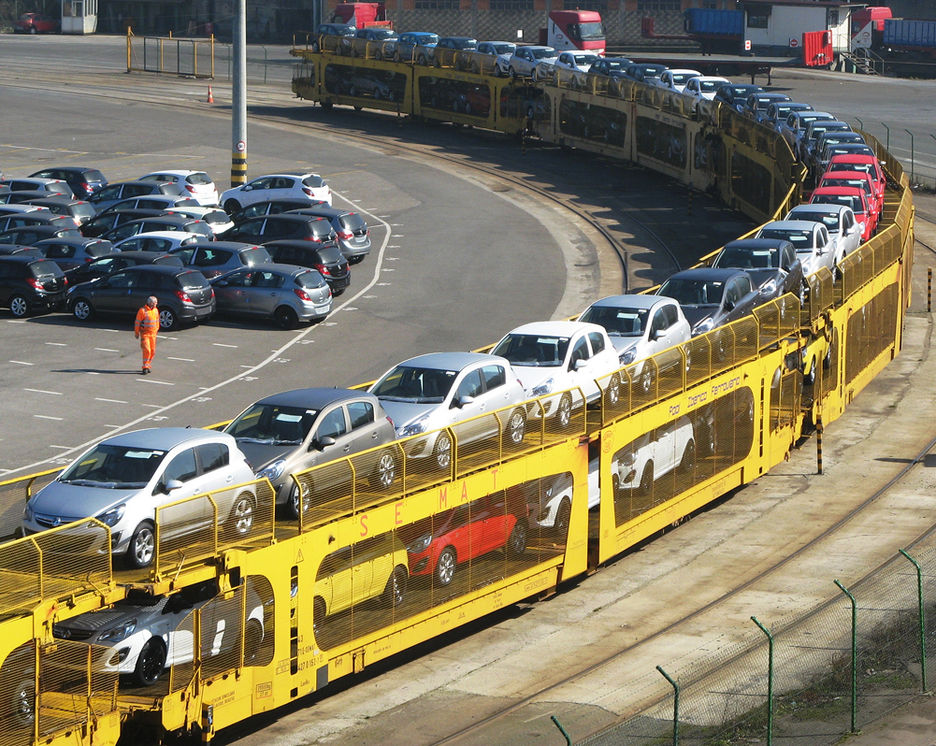 transporte-automoviles-tren