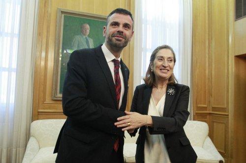 Santi-Vila-y-ana-pastor