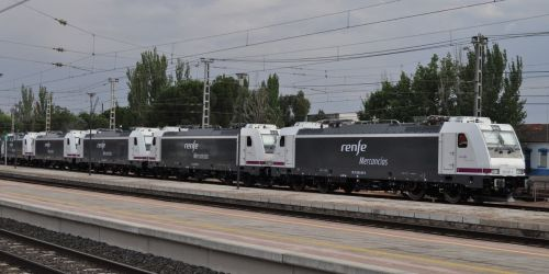 locomotoras-renfe-mercancias-253