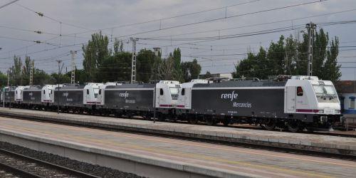 locomotoras-renfe-mercancias-253