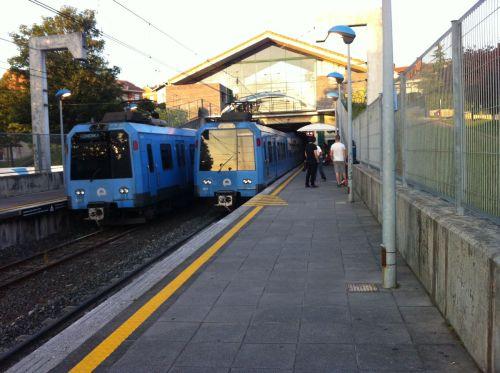 trenes-estacion-sondika-txorierri