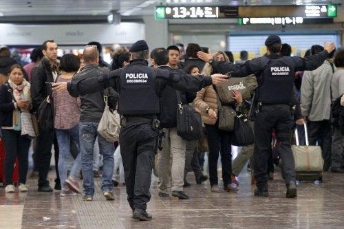 mossos-trenes-barcelona