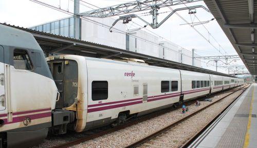 tren-del-peregrino-charmartin-santiago-vivir-el-tren
