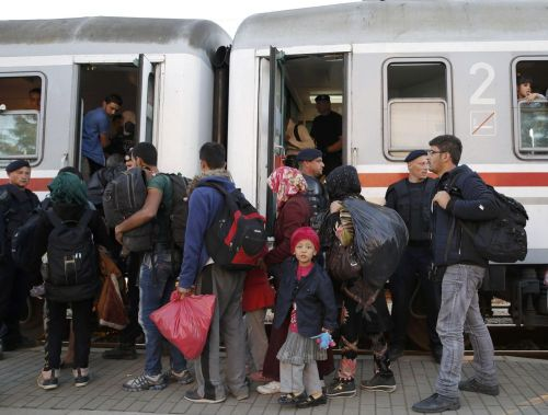 colapso-servicio-trenes-uso-refugiados