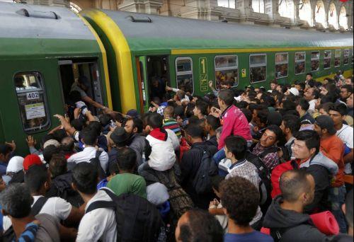 verguenza-trenes-refugidos-huida