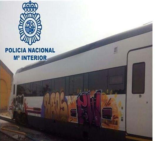 grafiti-tren-badajoz-imagen-policia-nacional