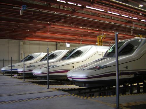 parque-trenes-renfe-ave5