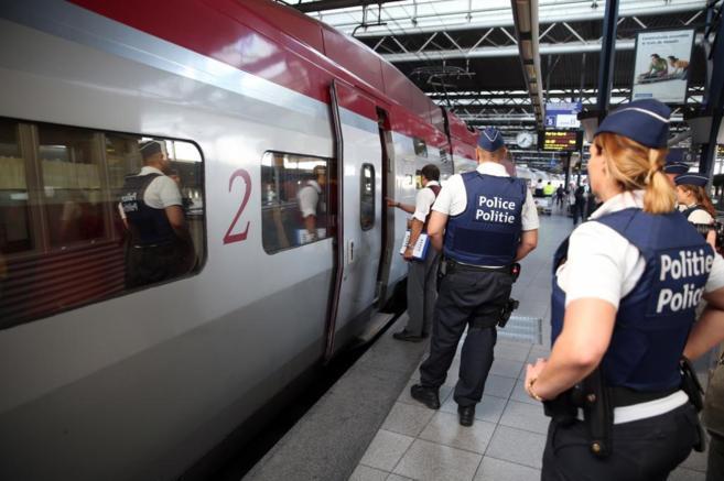 policia-control-trenes-thalyes