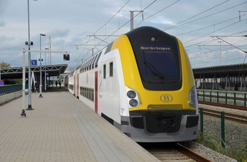 M7 train from Bombardier T Alstom consortium for the SNCB NMBS - copia