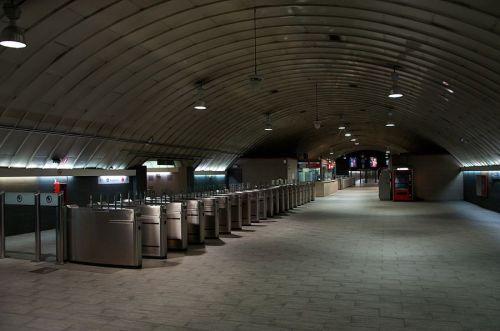 Estación-de-Recoletos-vestíbulo