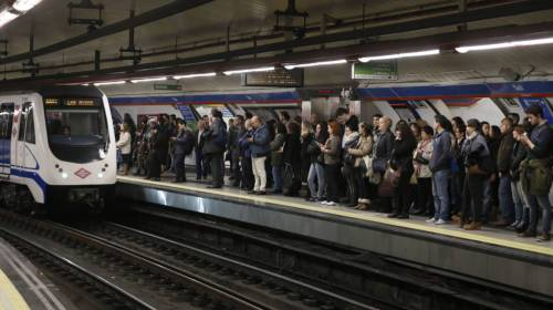 metro-pasajeros-estacion-madrid