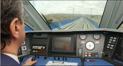 [Imagen: conduccion-cabina-s102.jpg?w=500&h=268]